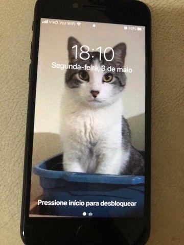 iPhone 8  64 GB - Foto 2