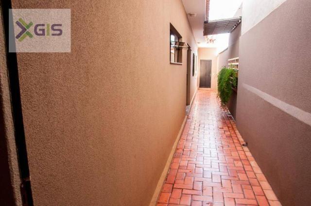 Imóvel Lindo. Casa com 4 dormitórios. Área Gourmet com piscina. Excelente Localização. - Foto 14