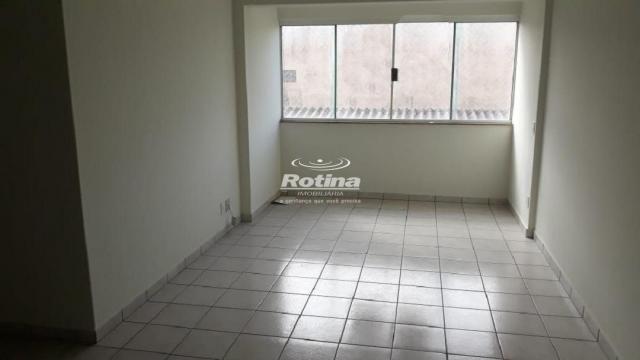Apartamento para aluguel, 3 quartos, 1 suíte, 1 vaga, Centro - Uberlândia/MG - Foto 2