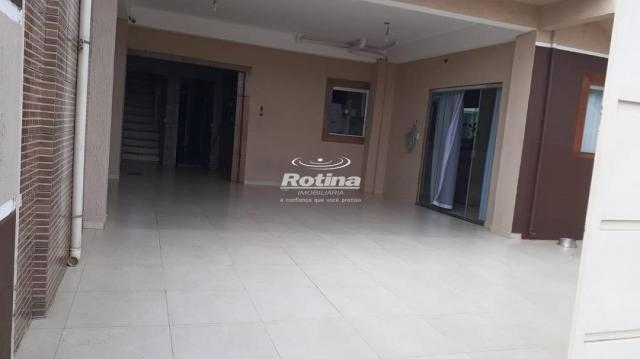 Casa à venda, 7 quartos, 1 suíte, 4 vagas, Planalto - Uberlândia/MG - Foto 2