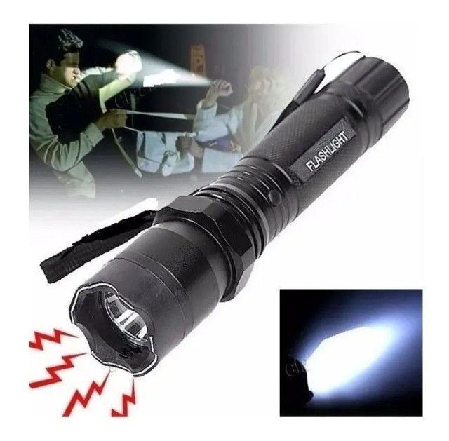 Lanterna tática de proteção pessoal