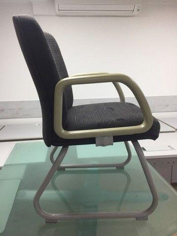 Cadeiras usadas para escritório  - Foto 3