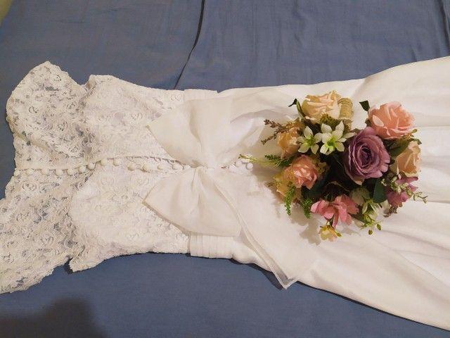 Vestido de noiva e buquê - Foto 6