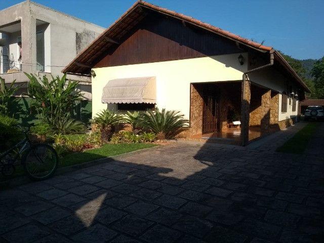 Centro - Guapimirim - Excelente casa com Área de 700,00m²
