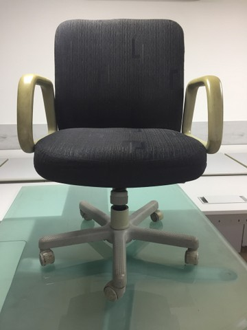 Cadeiras usadas para escritório  - Foto 6