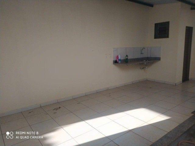 Casa - 01 suíte e 02 quartos e edícula ampla.prox  a escola militar - Foto 16