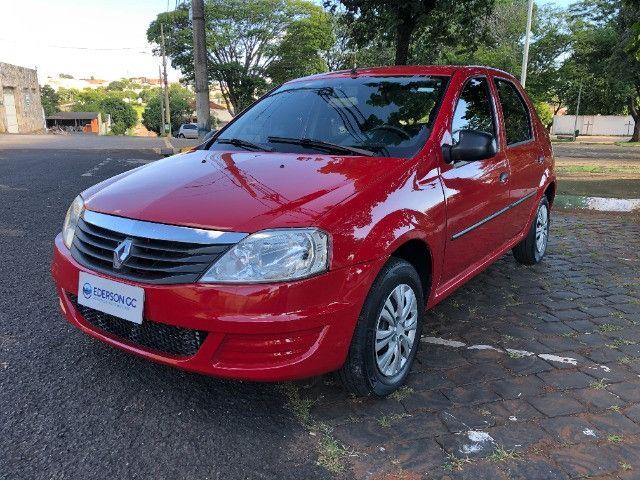 Renault Logan Authentic 1.0 Uberlândia