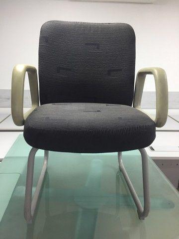 Cadeiras usadas para escritório  - Foto 4