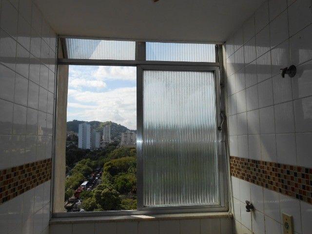 Ótimo apartamento no Fonseca (Alameda) com 2 quartos e linda vista para o horto.  - Foto 4