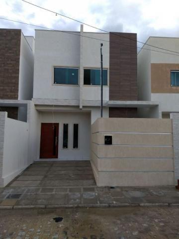 Duplex em fase final de acabamento, com 3 quartos em condominio fechado