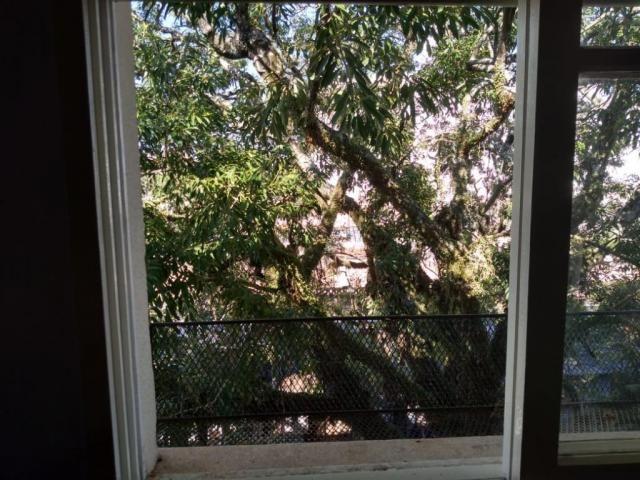 Apartamento com 2 dormitórios para alugar por R$ 850/mês - Cavalhada - Porto Alegre/RS - Foto 12