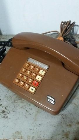 Telefone antigo estiloso