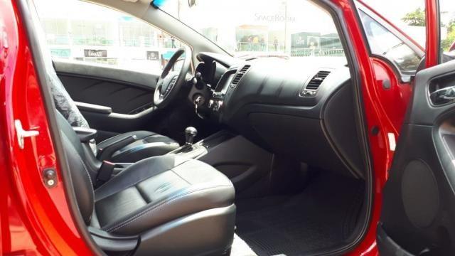 Kia Cerato SX 1.6 Automático 13/14 - Troco e Financio! - Foto 16