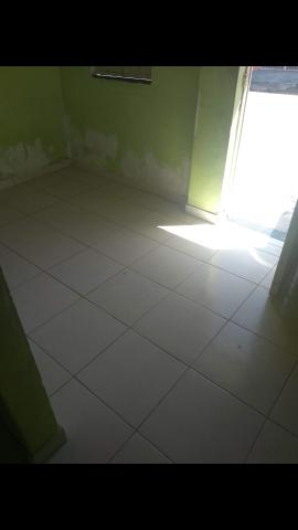 Aluga-se casa na Rua Panificador Silva N°335 Bairro Rosa Elze