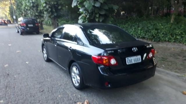 Toyota Corolla XEI-1.8 Flex com GNV 5aGeração com central Multimídia.Muito novo! - Foto 3