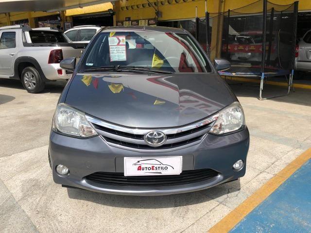 Toyota Etios Sedan XLS 1.5 Novíssimo