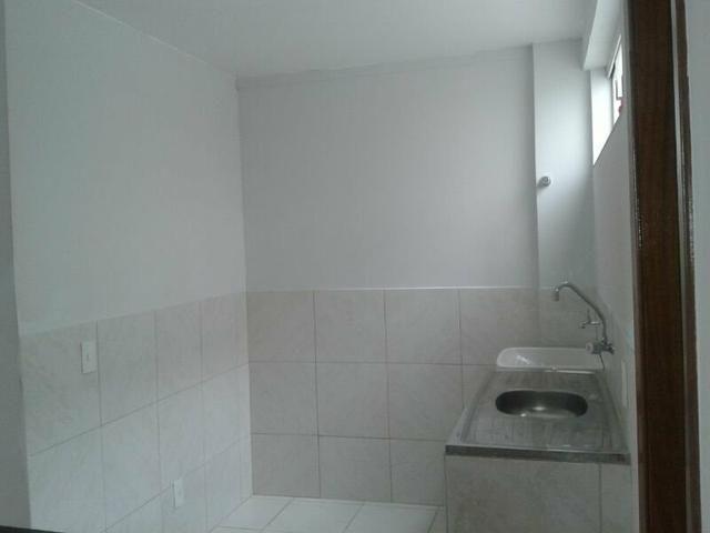 Apartamento 1 qto próx metrô já inclusos IPTU, água e condomínio - Foto 3