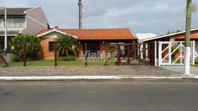 Casa para alugar com 3 dormitórios em Centro, Tramandai cod:9955