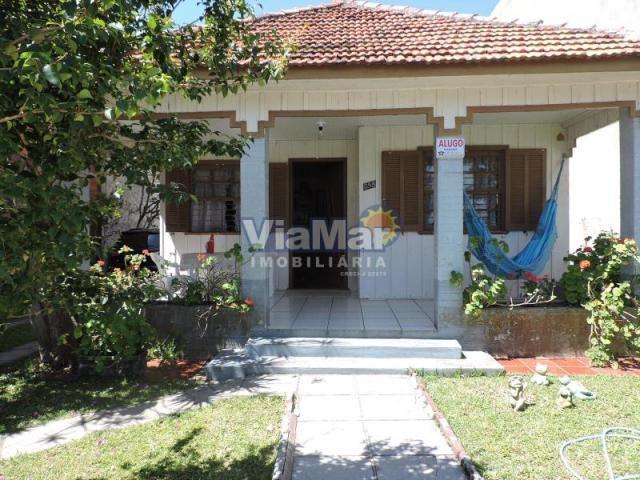 Casa para alugar com 3 dormitórios em Centro, Tramandai cod:7516