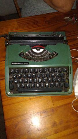 Máquina de escrever Olivetti Lettera 82 - Foto 2
