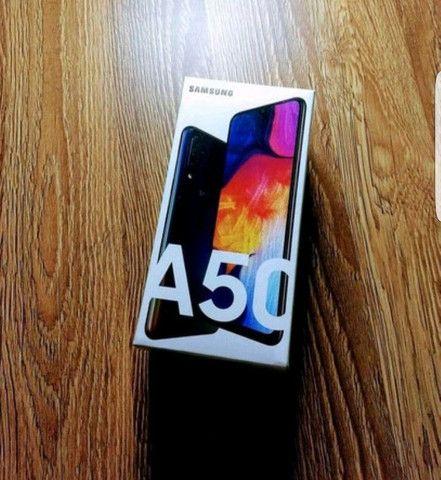 Samsung galaxy A50, ram 4 gb ,128 gb com nota e garantia  - Foto 2