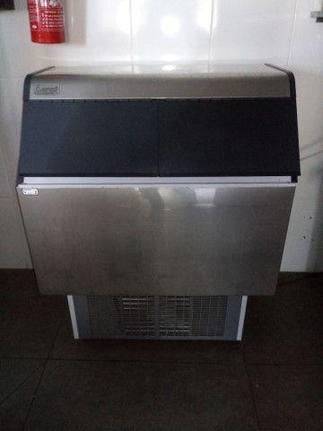 Maquina de gelo everest 100 kilos dia - Foto 3