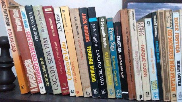 Livros diversos  - Foto 3