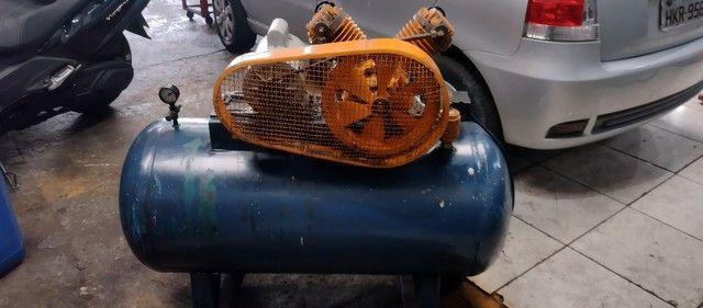 Compressor SCHULZ 200 litros - Foto 2