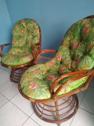Conjunto de 4 cadeiras giratórias de bambu  - Foto 4