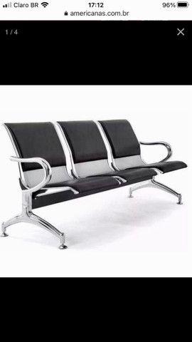 Cadeira longarina aeroporto cromada