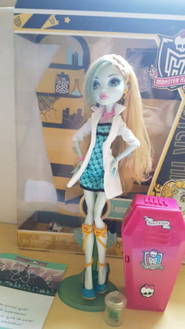 *lote* 5 bonecas Monster high - Foto 6