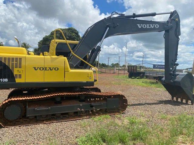 Vendo escavadeira hidráulica EC210B volvo - Foto 2