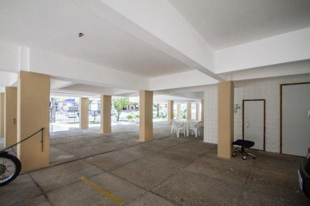 Apartamento com 2 quartos para alugar, 90 m² por R$ 1.800/mês com taxas - Boa Viagem - Rec - Foto 18