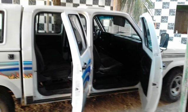 Gm - Chevrolet D-20 Cabine Dupla Com Ar Condicionado