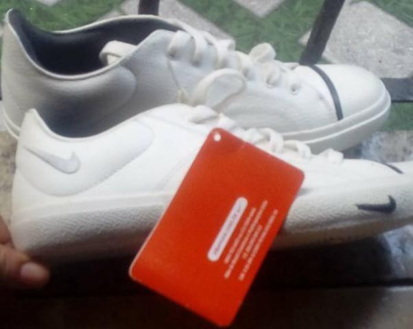 6e3528d7d3 Sapatenis Da Nike Original Novo! por só 70 Reais - Roupas e calçados ...
