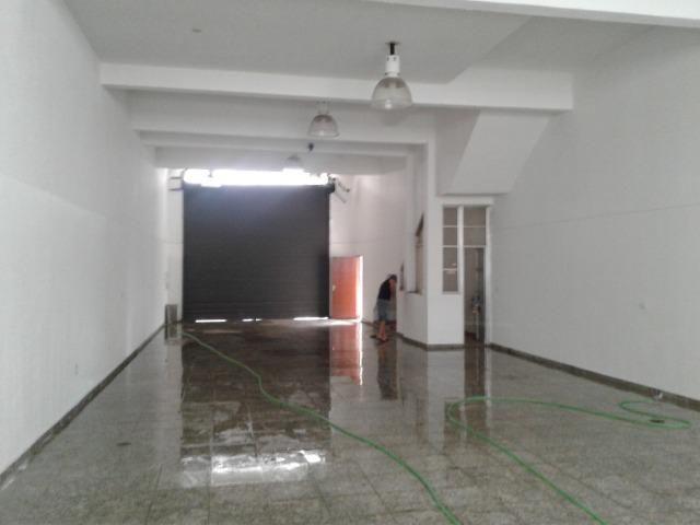 Prédio Comercial com Salão - Locação - Novíssimo/V. Formosa - 600m2