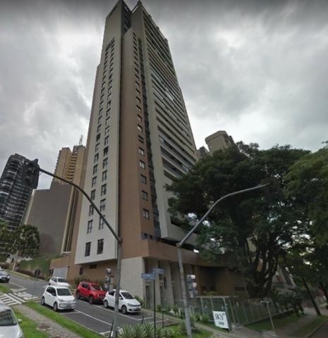 Aluguel de ótimo apartamento de 2 quartos semi-mobiliado no condomínio Sky