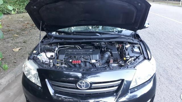 Toyota Corolla XEI-1.8 Flex com GNV 5aGeração com central Multimídia.Muito novo! - Foto 9