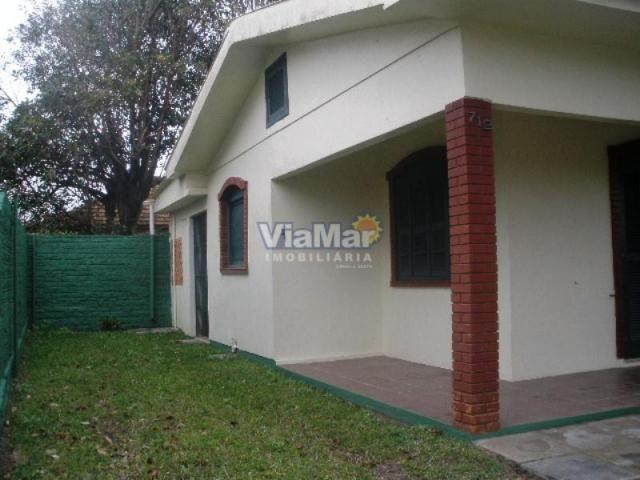 Casa para alugar com 3 dormitórios em Centro, Tramandai cod:4988