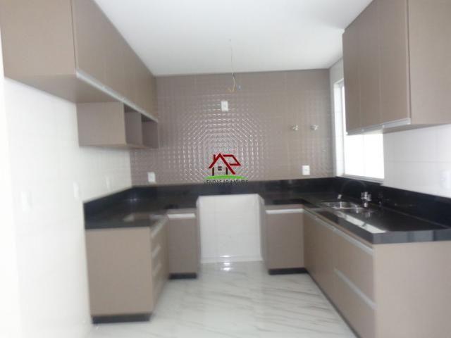 Linda casa geminada de 03 quartos no Itapoã! - Foto 5