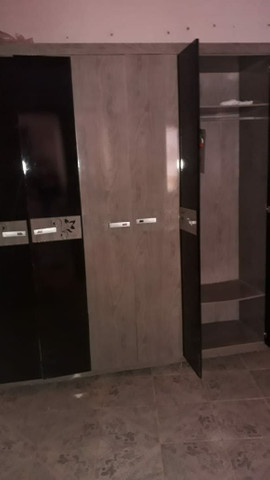 Guarda roupa de 6 portas