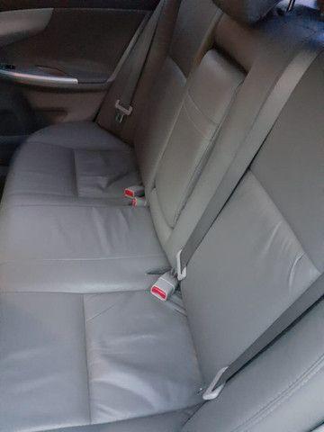 Toyota Corolla GLI 1.8 Flex Automático 2013 - Foto 7