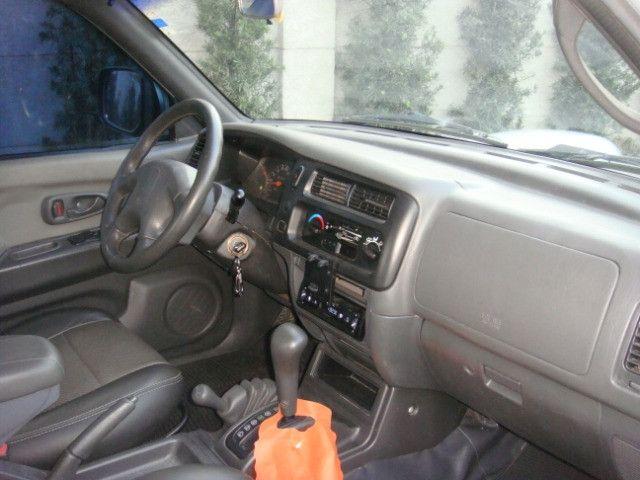 L-200 2.5 Sport HPE 4x4 Cabine Dupla Turbo Automatica - 2006 - Diesel - Prata - Foto 17