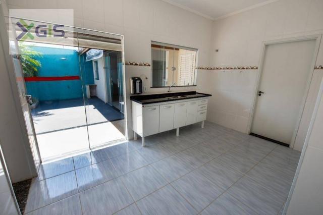 Imóvel Amplo com 4 dormitórios (2 Suítes). Área de Lazer. 235 m² de área construída. Laran - Foto 9