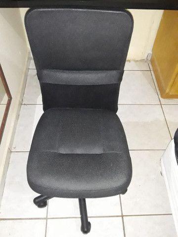 Cadeira giratória  para escritório - Foto 3