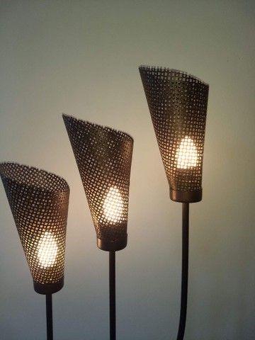 luminária de chão três braços anos 80 de ferro 1,68  - Foto 5