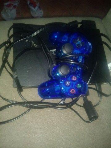 Playstation 2 usado 2 meses. 2 controles e 10 jogos - Foto 2