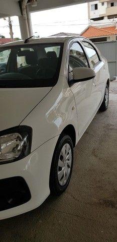 Etios Sedan X  1.5 - Automático 2020 - KM Bem baixa. - Foto 3