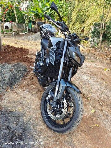 Yamaha MT 09 - Foto 3