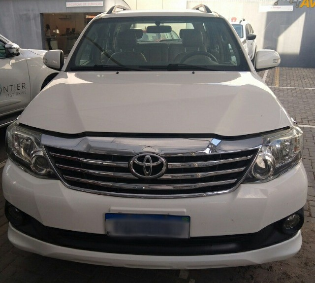 Toyota Hilux Sw4 Flex automática 5 lugares!!!! Extra de verdade !!! Sheila - Foto 6
